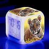 HUA-Alarm clock Animal World Tiger Color Color Ing-Change Creativo Nuevo Despertador LED Alarma Electrónica 8X8cm/ Número 3